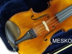 Violin Cremona SV - 588 = 4/4 Cubierta De Pino Abeto, Caja De Arce (Maple), Diapason, Clavijas Tira Cordal De Ebano, Incluye Arco, Resina y Estuche Duro De Resina (Poliestireno)